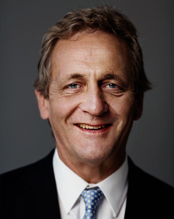 Dr. Olivier Ryhiner